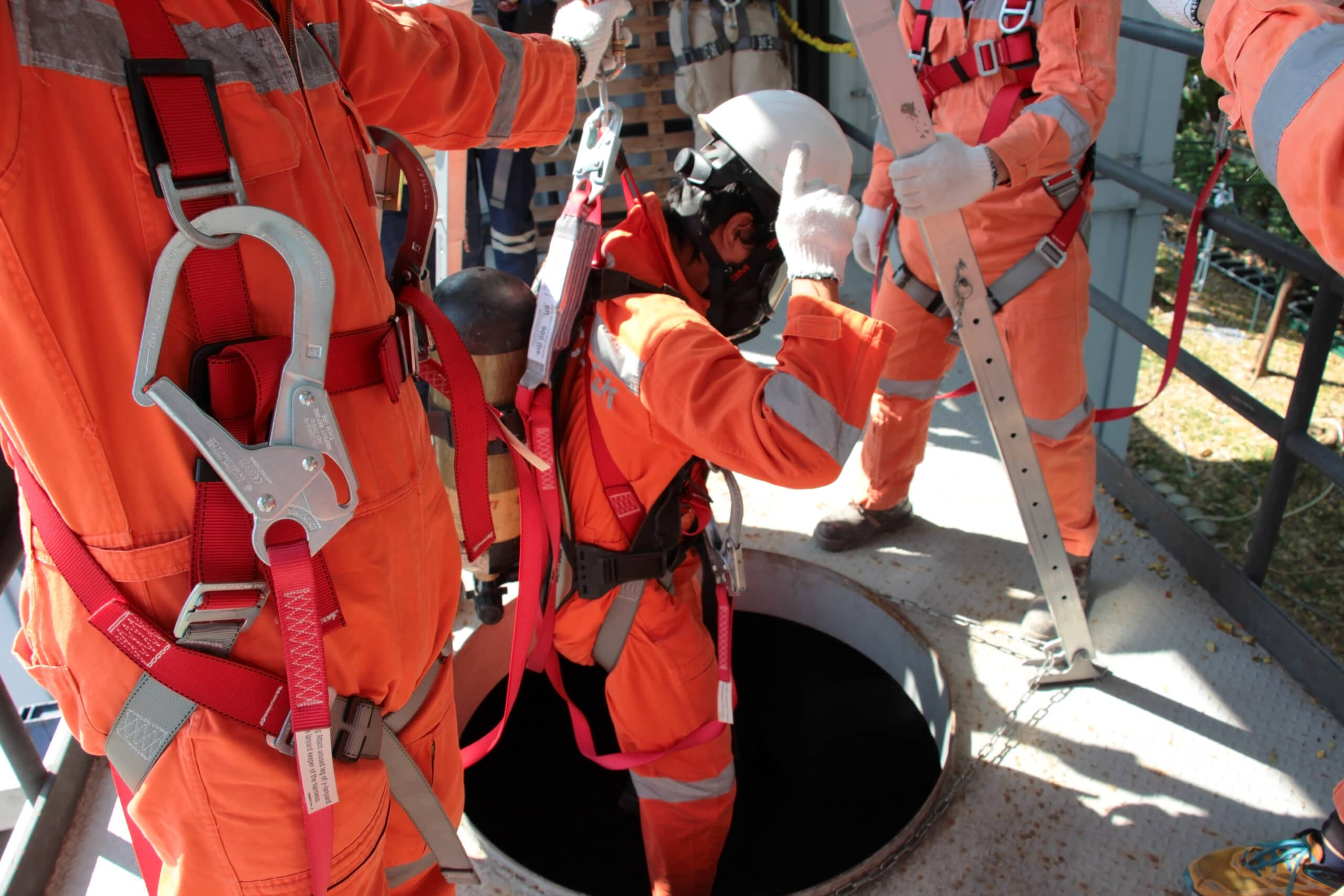 CONFINED-SPACE-ENTRY-2